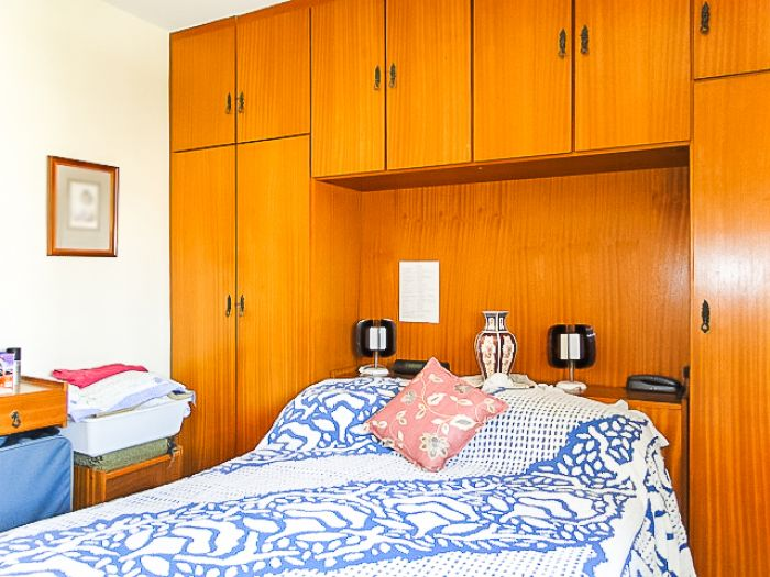 http://www.moradimoveis.com.br/fotos_imoveis/12357/DSC00065.jpg