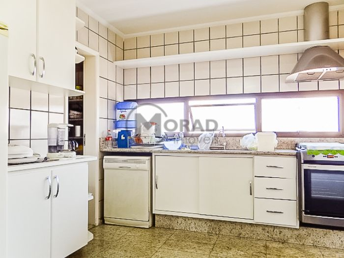 http://www.moradimoveis.com.br/fotos_imoveis/12431/DSC08969.jpg
