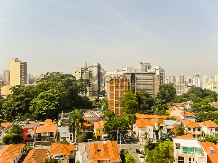 http://www.moradimoveis.com.br/fotos_imoveis/12449/DSC09552.jpg