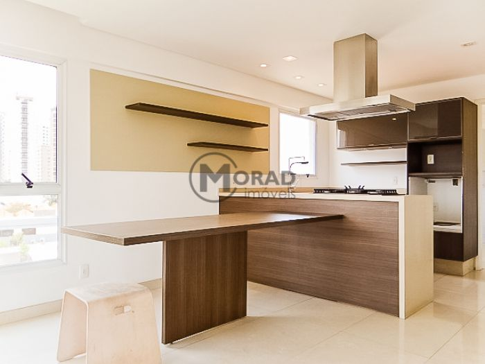 http://www.moradimoveis.com.br/fotos_imoveis/12458/DSC00140.jpg