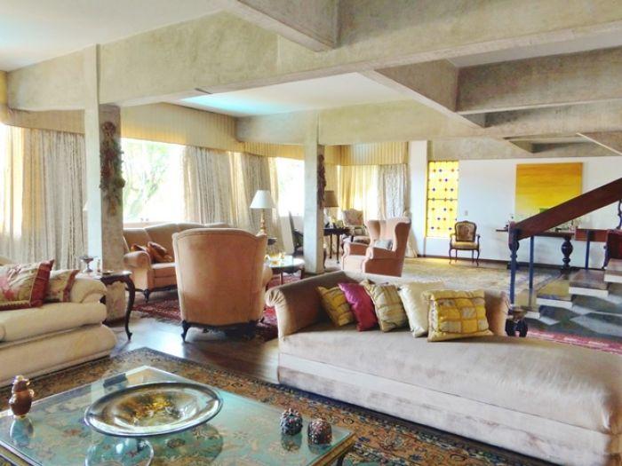 Casa Padrão Jardins 4 dormitorios 6 banheiros 4 vagas na garagem