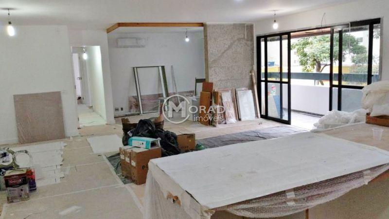 Apartamento MOEMA 4 dormitorios 3 banheiros 2 vagas na garagem