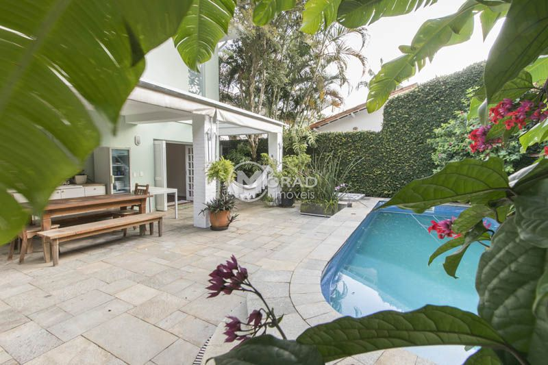 Casa Padrão Jardim Paulistano 4 dormitorios 4 banheiros 5 vagas na garagem